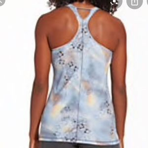 CALIA by carrie underwood move tank